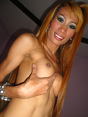 Sexy candids and flashing from slim hardbody Ladyboy Paula - Asian ladyboys porn at Thai LB Sex