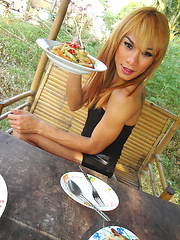 Blonde Ladyboy Mic has a lunch date and outside flashing - Asian ladyboys porn at Thai LB Sex
