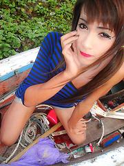 Amateur pics of sweet thai ladyboy - Asian ladyboys porn at Thai LB Sex