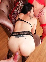 Double Creampie Three Way - Asian ladyboys porn at Thai LB Sex