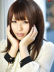 She is a stunningly beautiful newhalf named Reina Minazuki!