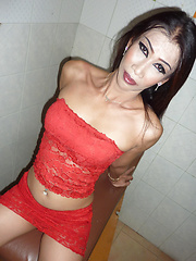 Wet and Wild Cumblast - Asian ladyboys porn at Thai LB Sex