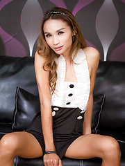 Leather Ladyboy Sofa