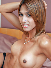 Hot tranny Yoyo jerks her ladyboy meet - Asian ladyboys porn at Thai LB Sex