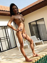 Sexy Thai Ladyboy Ja By The Pool - Asian ladyboys porn at Thai LB Sex