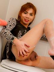 Ballerina Bathroom - Asian ladyboys porn at Thai LB Sex