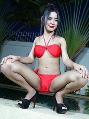 Poolside Solo with TS Gypsy - Asian ladyboys porn at Thai LB Sex