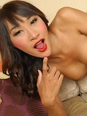 Hot Thai Ladyboy Nicole - Asian ladyboys porn at Thai LB Sex