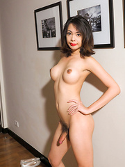 Sexy Ladyboy Dos - Asian ladyboys porn at Thai LB Sex