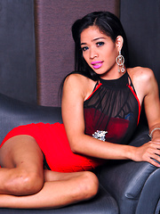 Kim Somo: Red and Black