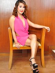 Leah Fresh: Pink Dress