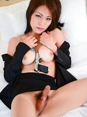 Sharp Shooter Minami Hosho! - Asian ladyboys porn at Thai LB Sex