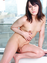 Osaka sweetheart Erena Yuuki - Asian ladyboys porn at Thai LB Sex