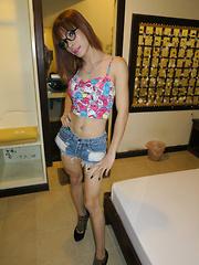 Nerdy ST BB CIM in Bathroom - Asian ladyboys porn at Thai LB Sex